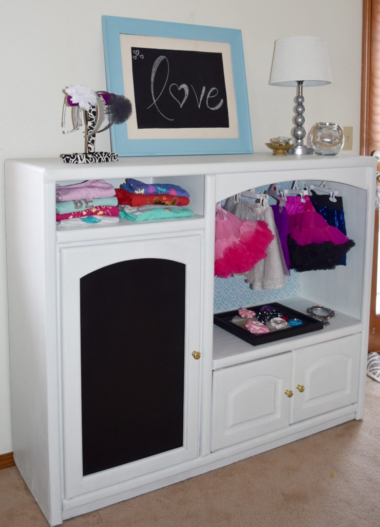 Dress-up Armoire for Kids {Find It, Fix It, or Build It}